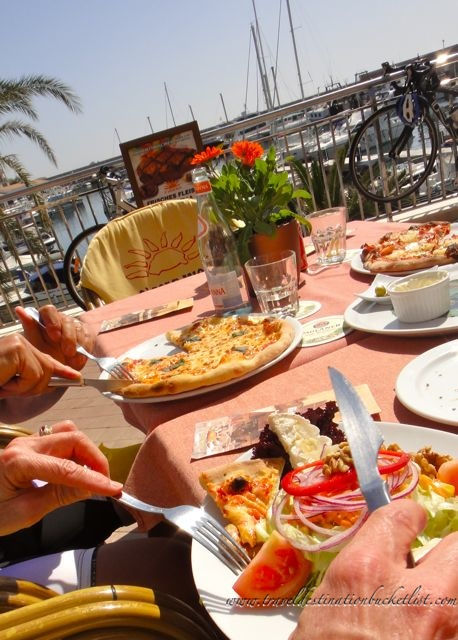 lunch stop, cycling in Mallorca