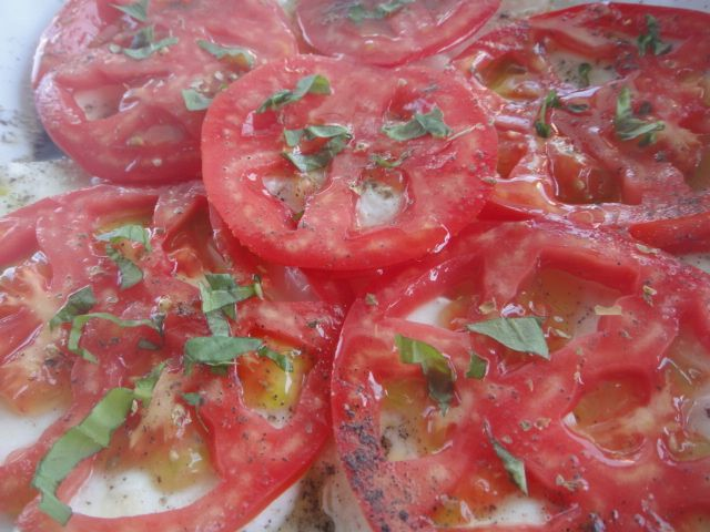 caprese salad vegetarian option