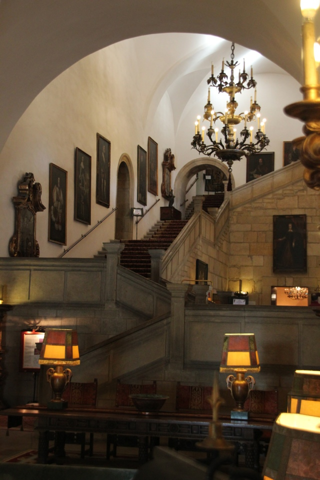 where to stay in Leon