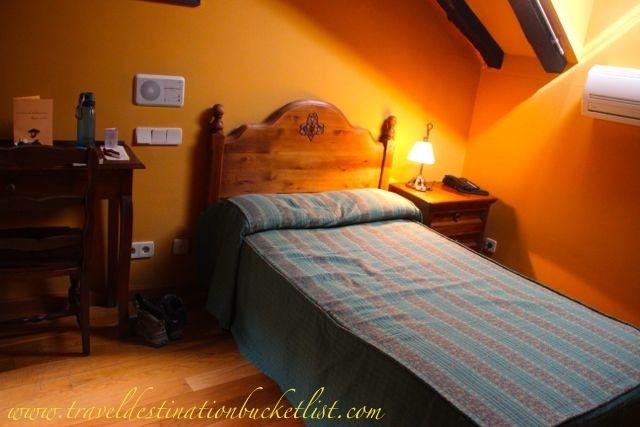 where to stay in Leon, Camino de Santiago