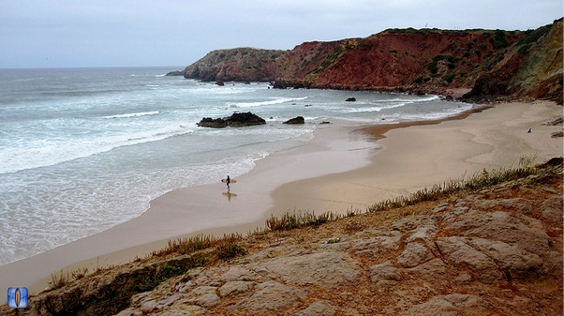 Learning to surf in Cascais